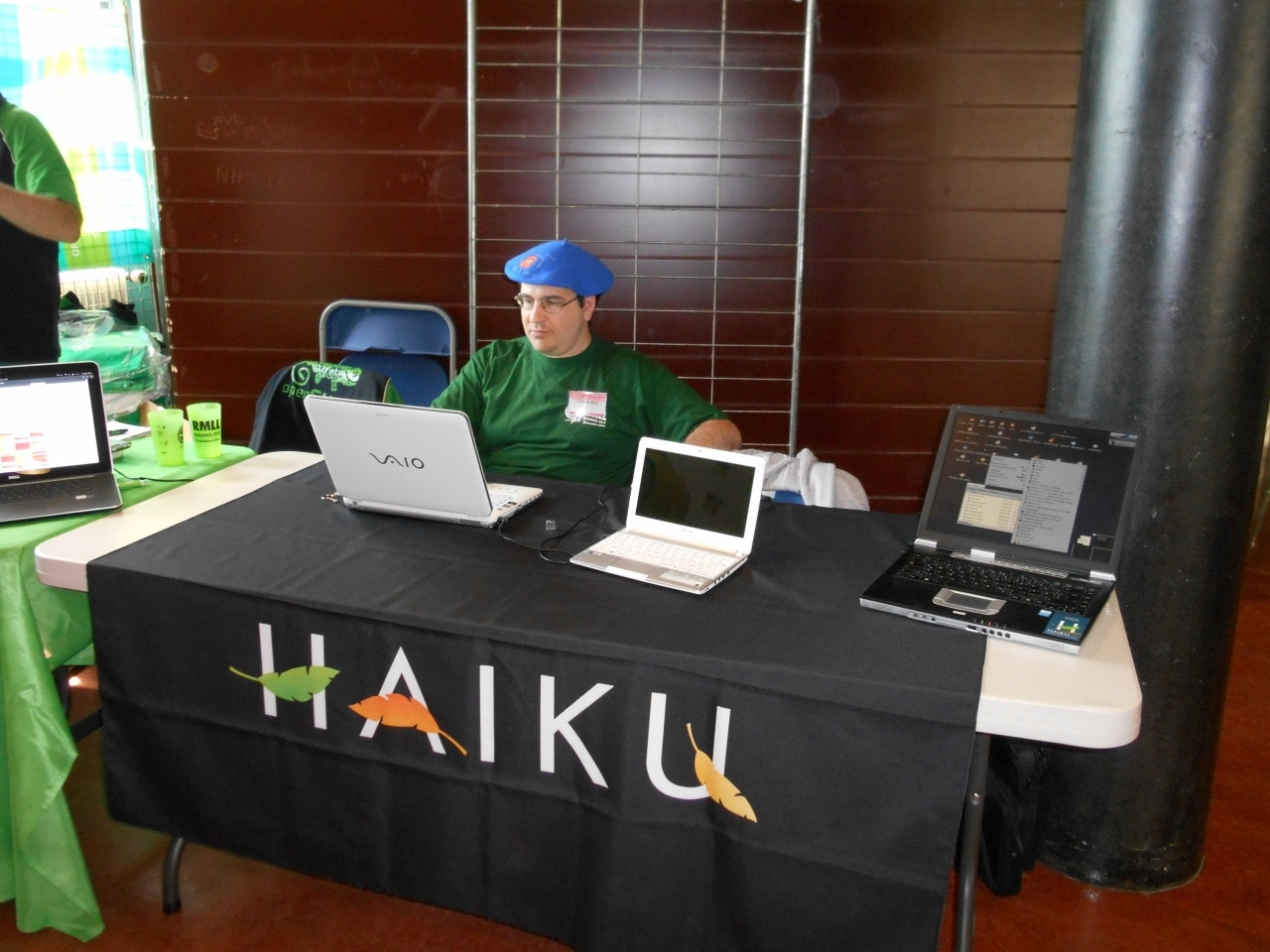 Olivier at the Haiku booth